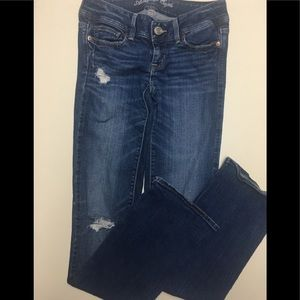 AMERICAN EAGLE SLIM BOOT DISTRESSED JEANS SIZE 0-L